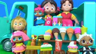 LOL bebek ile Maşanın dondurma arabası Heidi Peter Clara Niloya dondurma yiyor.